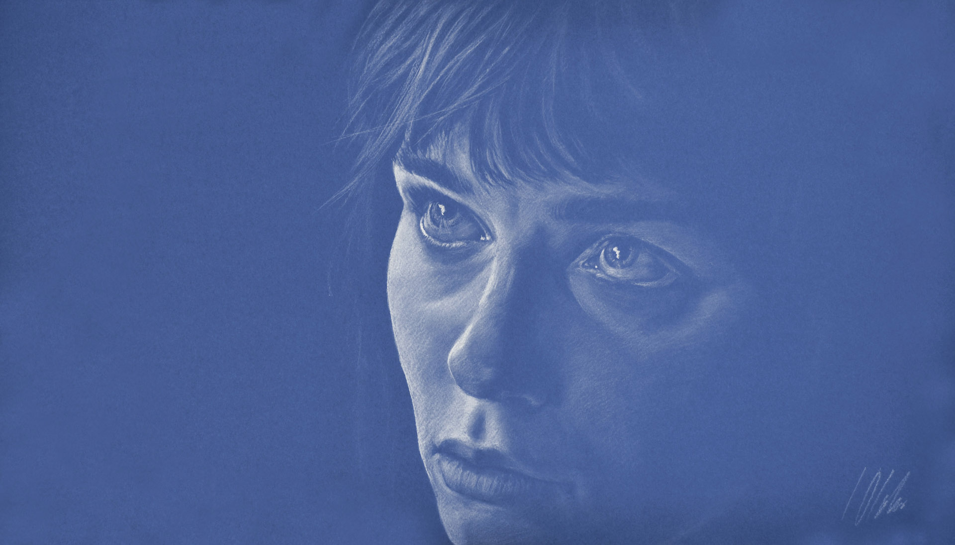 Muchacha sobre fondo azul. Javier Olmedo, pastel blanco sobre papel azul de 70 x 40 cm. Año 2016. PV 165 €