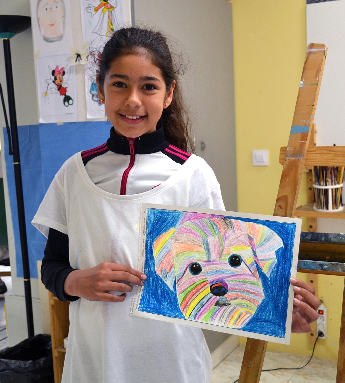 Suri, lápices de colores. Taller Aceña - Olmedo, curso 2018-2019