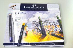 Caja metálica 24 pinturas color Faber Castell