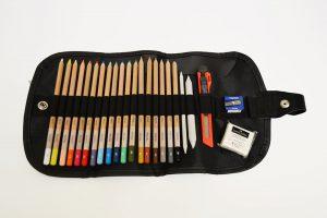 Set de lápices pastel en estuche enrollable